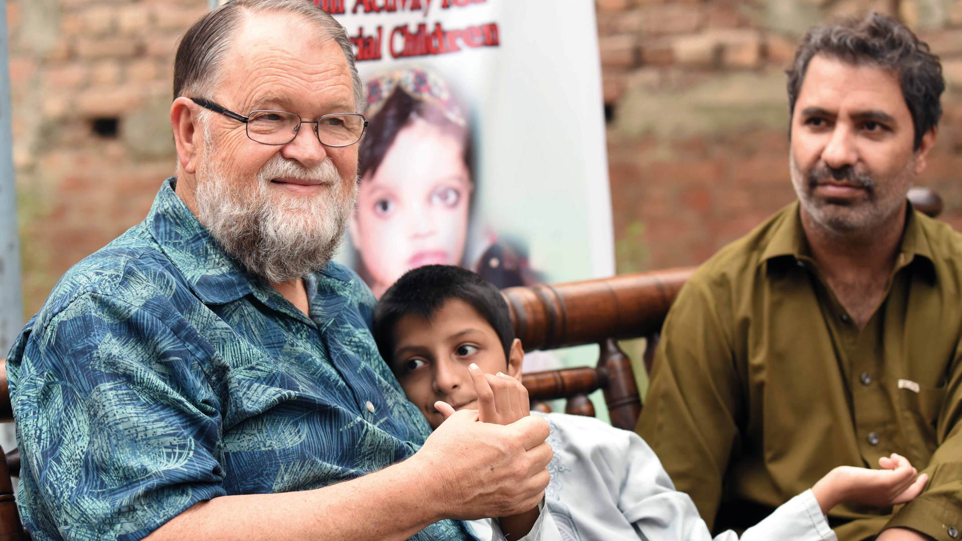 Disabled children in Pakistan get supported by Tearfund Germany