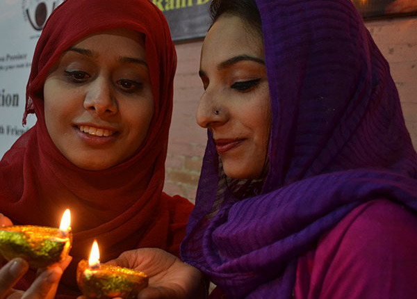 Peace and Interfaith Harmony in Pakistan - Women together